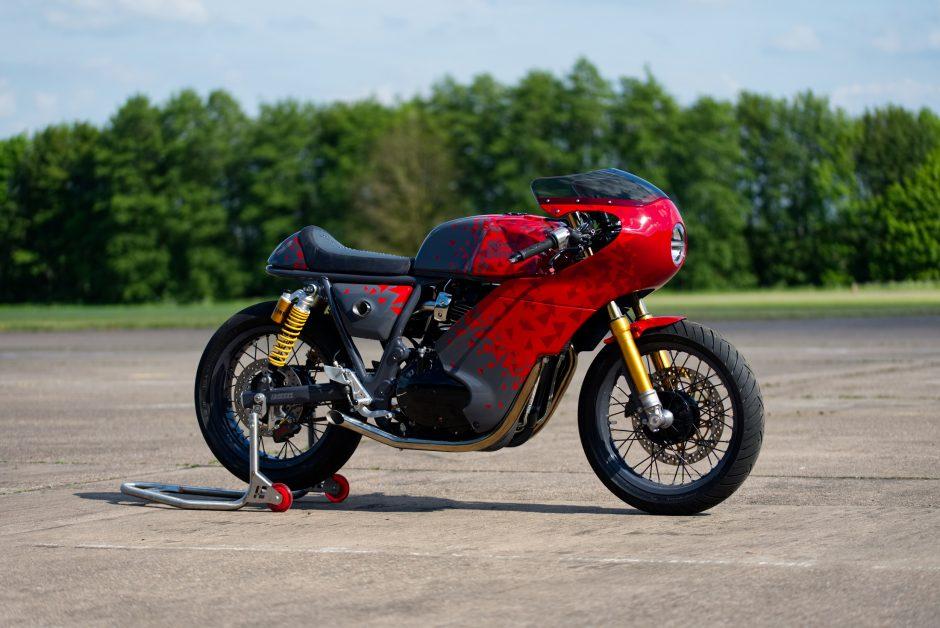 BAAK Motocyclette คัสตอมจาก: รอยัล เอนฟิลด์ อินเตอร์เซปเตอร์ 650 (Interceptor 650)