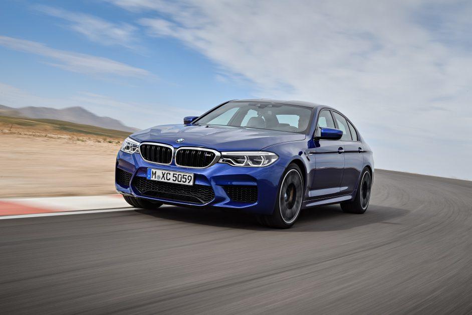 1.  ข่าวรถวันนี้ :BMW เปิดจอง X3 M ใหม่ และ X4 M ใหม่ ผ่านช่องทางออนไลน์