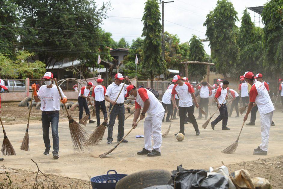 """3. ข่าวรถวันนี้ : """"กองทุนฮอนด้าเคียงข้างไทย"""" ช่วยเหลือผู้ประสบอุทกภัยจังหวัดอุบลฯ"""