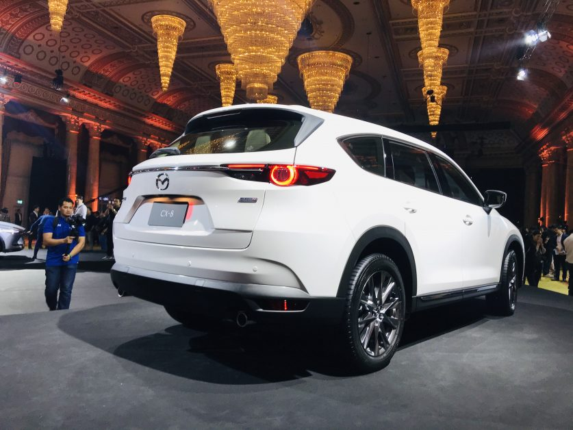 5. รีวิวรถใหม่ : All-New Mazda CX-8 พรีเมียม 3-Row Crossover SUV