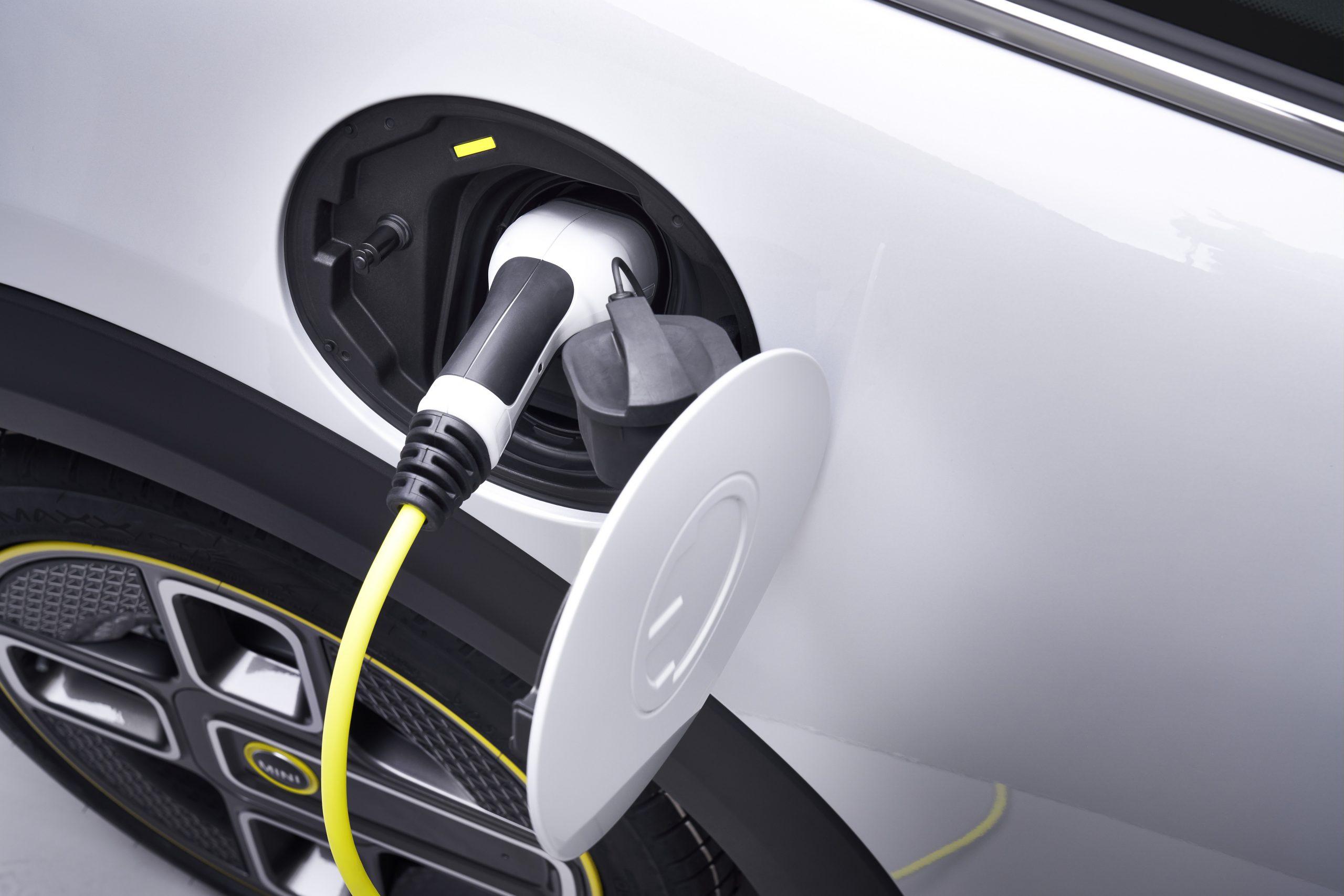 รีวิวรถใหม่2020 : มินิ ประเทศไทย เปิดตัว มินิ คูเปอร์ เอสอี รถยนต์ขับเคลื่อนด้วยพลังงานไฟฟ้า 100% รุ่นแรกจากมินิ เป็นประเทศแรกในภูมิภาคเอเชีย แปซิฟิก