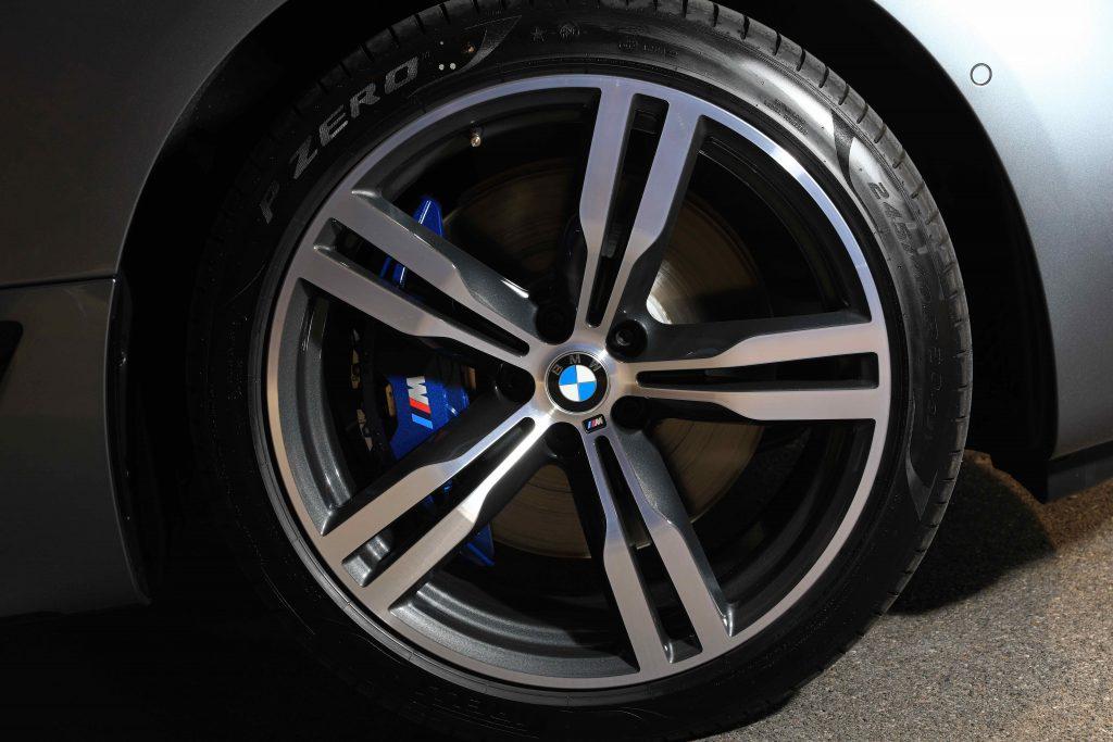 รีวิวรถใหม่2020 : บีเอ็มดับเบิลยู X6 xDrive30d M Sport ใหม่ ราคาจำหน่าย: 7,299,000 บาท