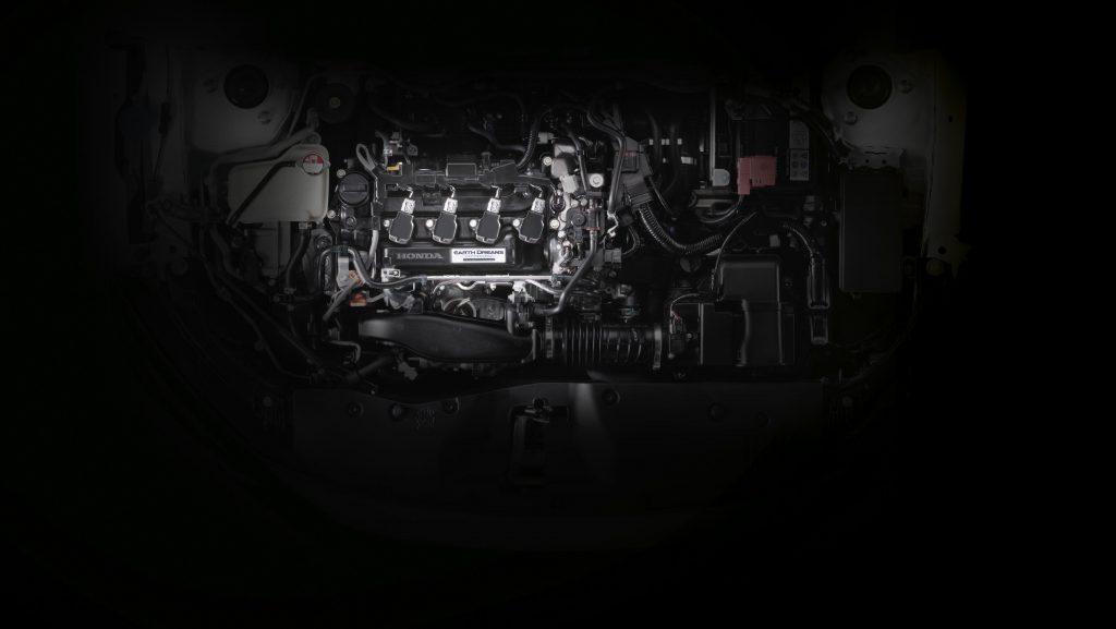 รีวิวรถใหม่ 2020 : ฮอนด้า แนะนำ ซีวิค สีใหม่ สีแดงอิกไนต์ (Ignite Red) ในรุ่น TURBO RS