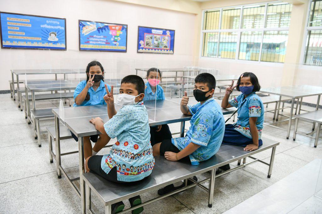 """ข่าวรถวันนี้ : ฮอนด้า ชวนพนักงานจิตอาสาร่วมผลิตอุปกรณ์ป้องกันเชื้อไวรัสโควิด-19 ส่งความห่วงใยผ่านโครงการ """"Honda Dream School"""""""