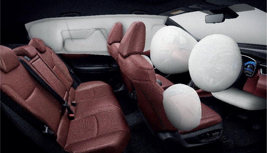 รีวิวรถใหม่ : โตโยต้า โคโรลล่า ครอส (TOYOTA COROLLA CROSS) รถยนต์อเนกประสงค์หรือ COMPACT SUV ที่นำสถาปัตยกรรมโครงสร้างยานยนต์ TNGA ของโตโยต้า ภายใต้แพลตฟอร์มและเครื่องยนต์ของ โตโยต้า โคโรลล่า รุ่นล่าสุดมาพัฒนาให้เป็นรถยนต์อเนกประสงค์รุ่นใหม่