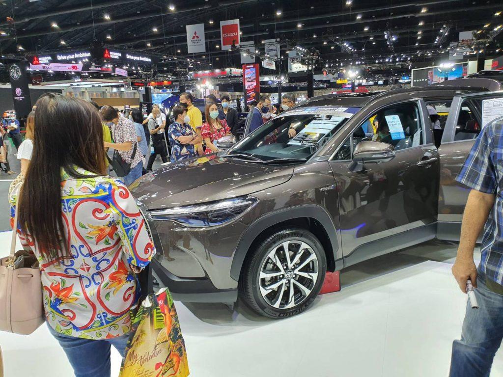 ข่าวรถวันนี้ : TOYOTA COROLLA CROSS สร้างปรากฏการณ์ฝ่าวิกฤต COVID-19 ยอดจองเฉพาะในงาน Bangkok International Motor Show 2020 ทะลุกว่า 400 คัน