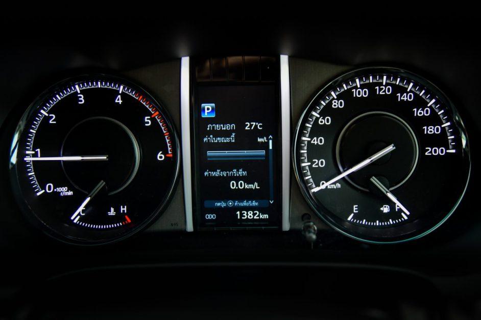 รีวิวรถใหม่ 2020 : Toyota Fortuner Legender สัมผัสแรกบนถนนจริง บอกได้เลยว่าครบเครื่อง ทั้งหล่อและลุย
