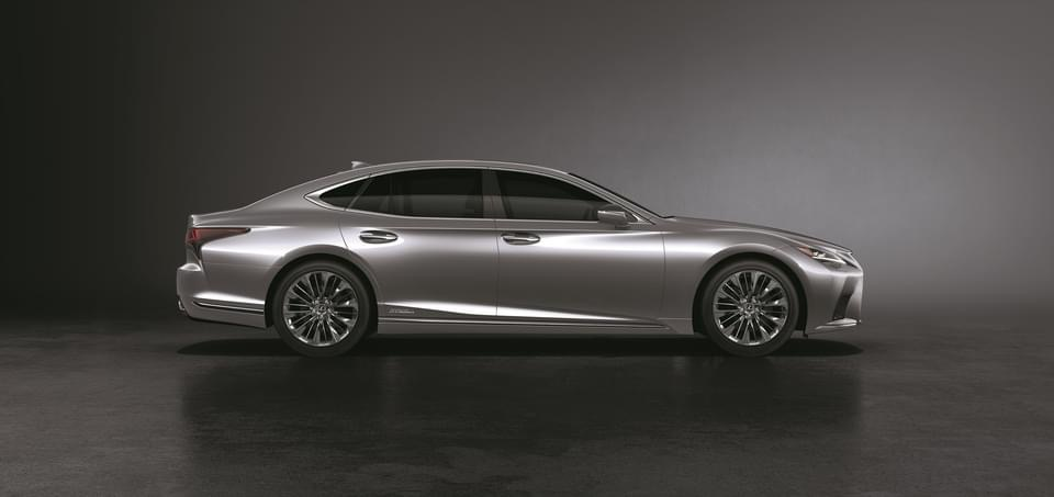 """รีวิวรถใหม่ 2020 : The New Lexus LS รถยนต์นั่งระดับ """"เฟิร์สคลาส"""" ราคาเริ่มต้น 11,550,000 บาท"""
