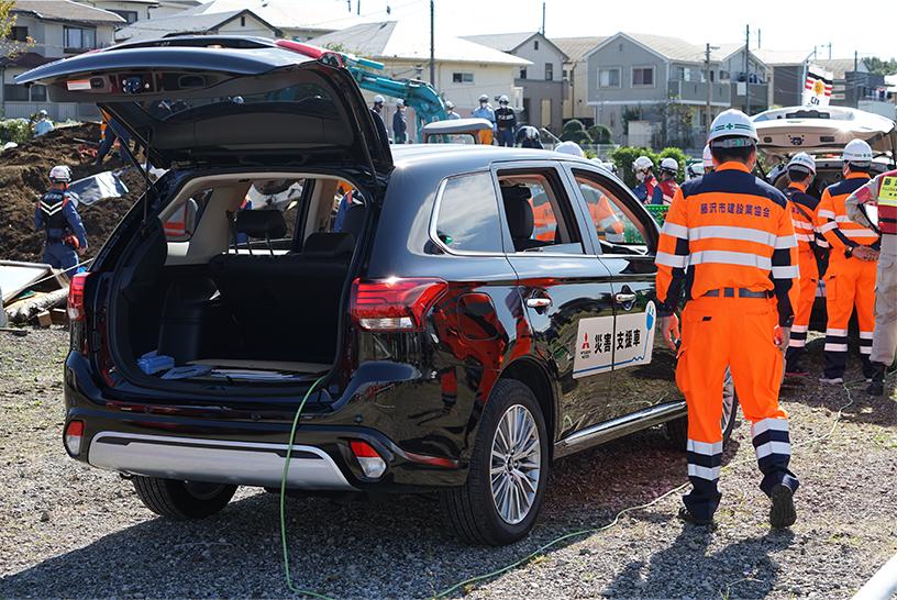 ข่าวรถวันนี้ : มิตซูบิชิ เอาท์แลนเดอร์ พีเอชอีวี ยานยนต์ไฟฟ้าแบบปลั๊กอินไฮบริด เพื่อการขับเคลื่อนที่ยั่งยืน