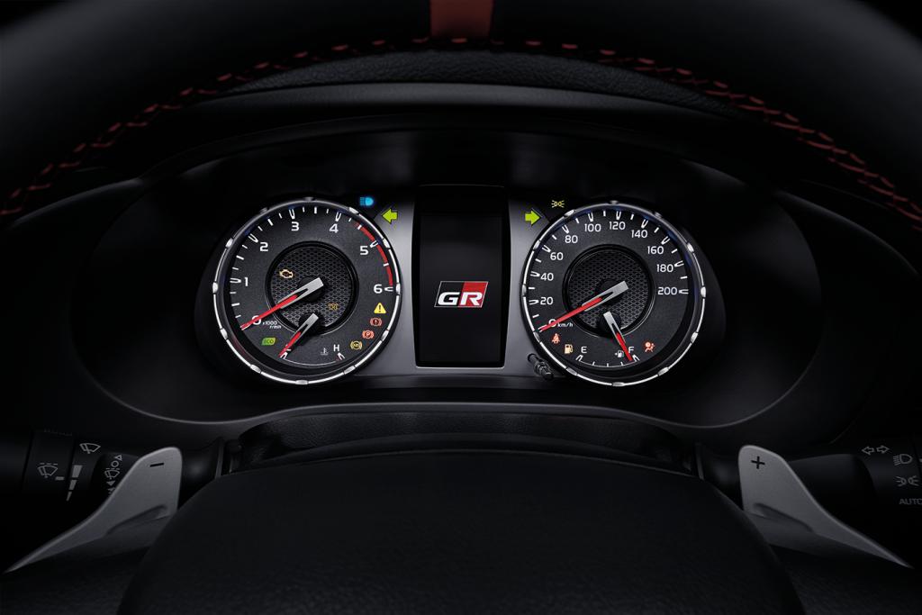 รีวิวรถใหม่ : โตโยต้า ไฮลักซ์ รีโว่ GR Sport และไฮลักซ์ รีโว่ รุ่นปรับปรุงใหม่ ปี 2564