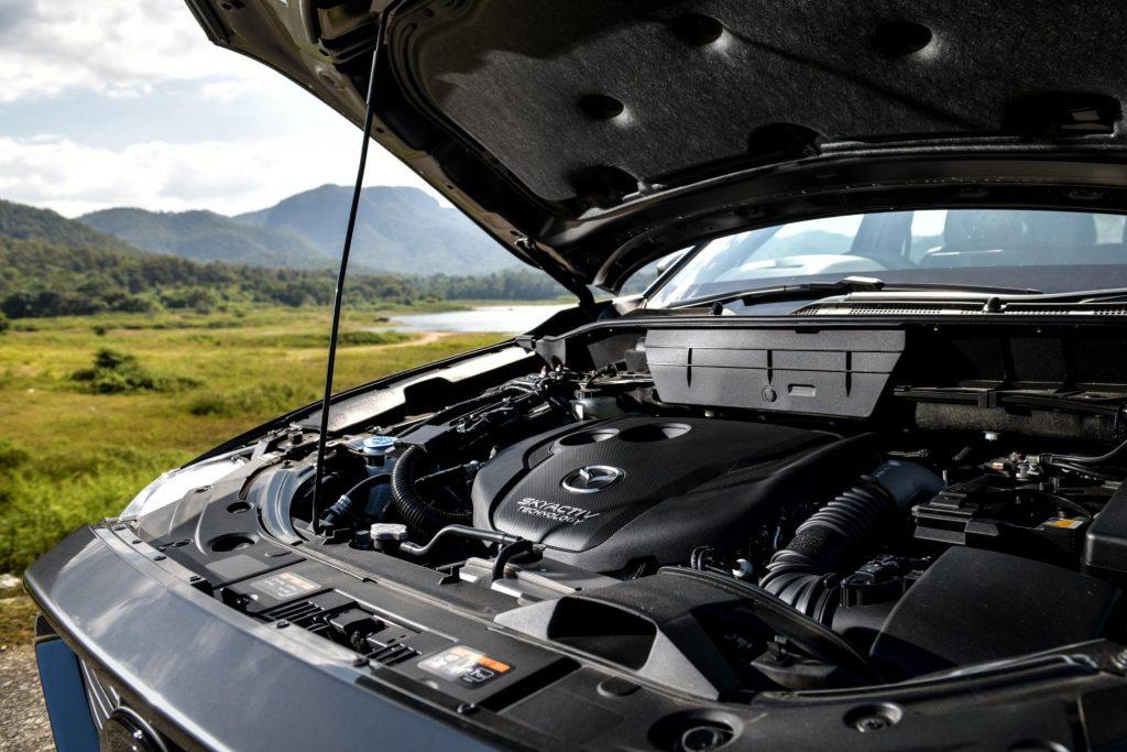 ข่าวรถวันนี้ : MAZDA CX-8 ครอสโอเวอร์เอสยูวีพรีเมี่ยม ตอบโจทย์ทุกรูปแบบของชีวิตสะท้อนรสนิยมเหนือระดับ