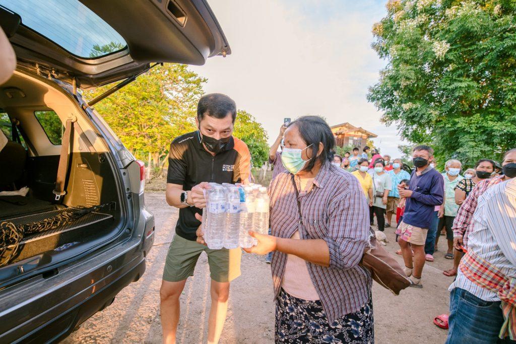 ข่าวรถวันนี้ : นิสสัน ช่วยเหลือผู้ประสบภัยน้ำท่วม มอบสิ่งของจำเป็นให้กับผู้ประสบภัยน้ำท่วมในจังหวัดสุโขทัย ชัยภูมิ และลพบุรี